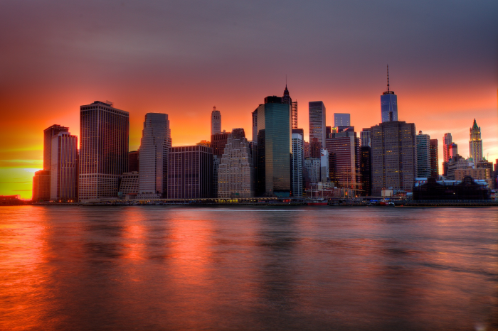 New York city Skyline al tramonto