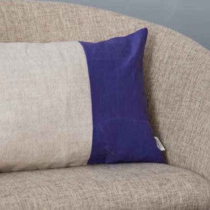 Cuscino rettangolare viola
