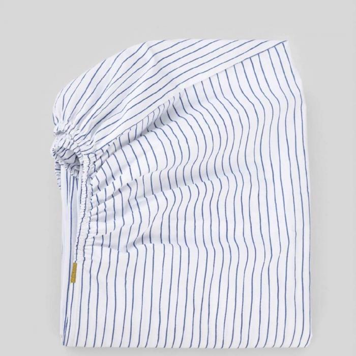 Lenzuolo con angoli a righe blu in percalle di cotone