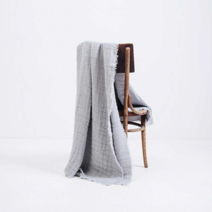 Nest - plaid in lino grigio chiaro
