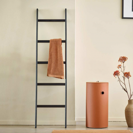 Mink - Scala porta asciugamani nera in legno
