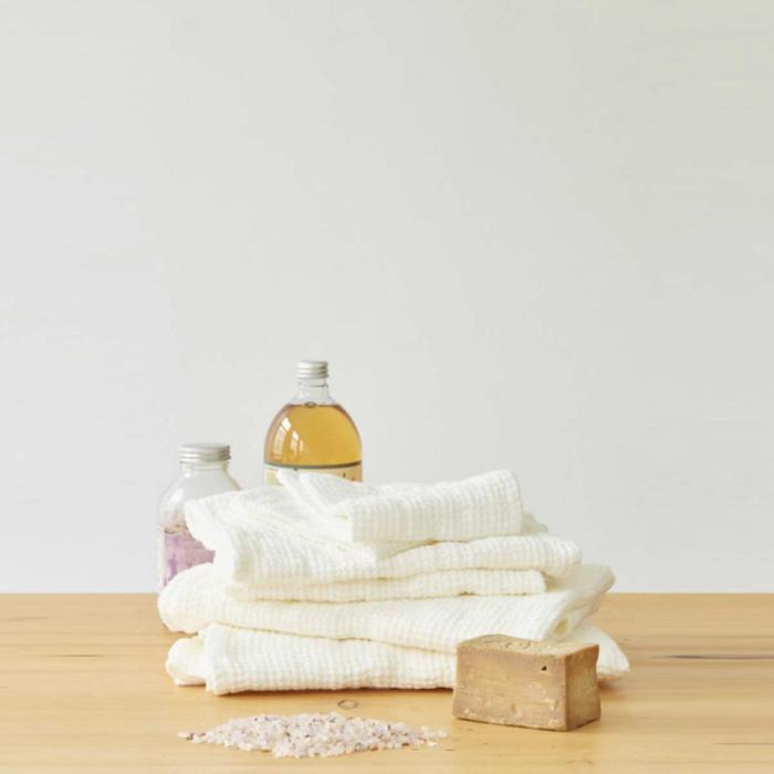 Waffle - set asciugamani in lino bianco