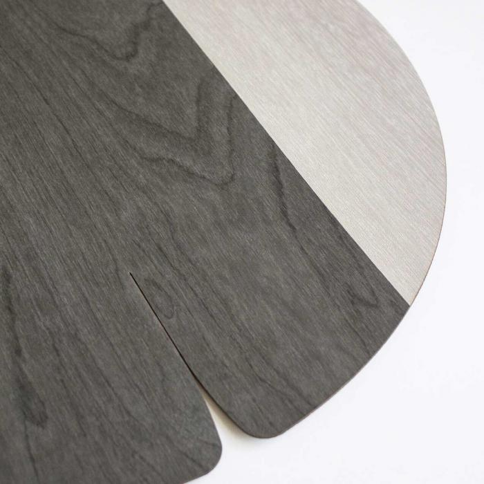 Nelumbo - tovaglietta in betulla e pama grigio