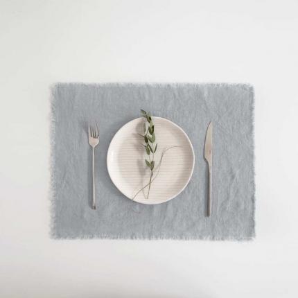Set 6 tovagliette in lino grigio chiaro con frange