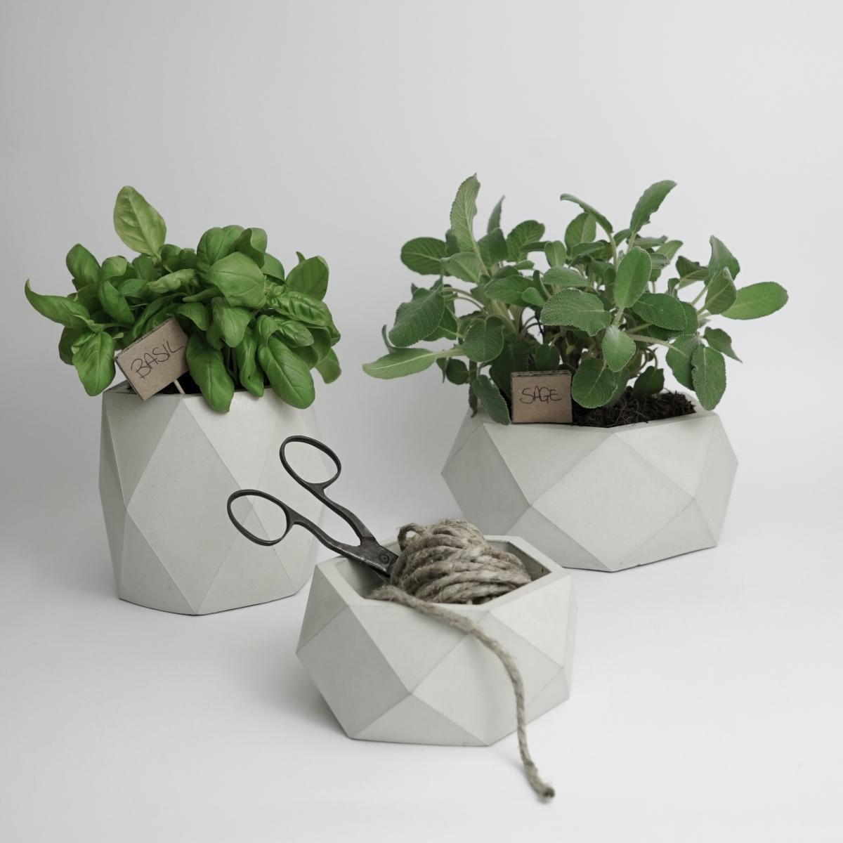 Vasi moderni da interno vasi in cemento ore set 3 for Vasi moderni da interno