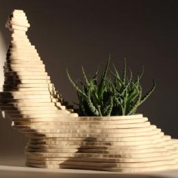 Vaso in legno alto
