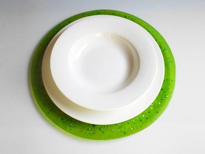 Colora la tavola col vetro di Murano